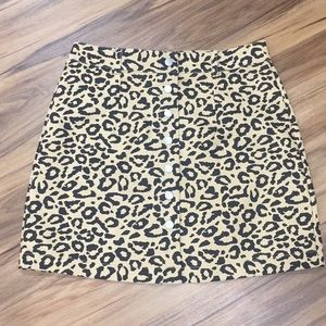 ⭐️new! Leopard Button Up Skirt! New w/Tag